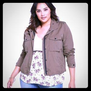 NWOT Torrid twill utility jacket in light brown